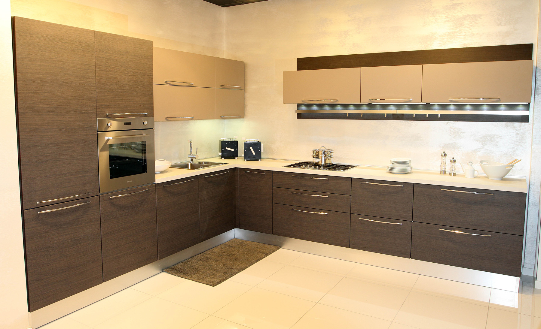 Cucine outlet lombardia beautiful base angolo con for Outlet cucine lombardia