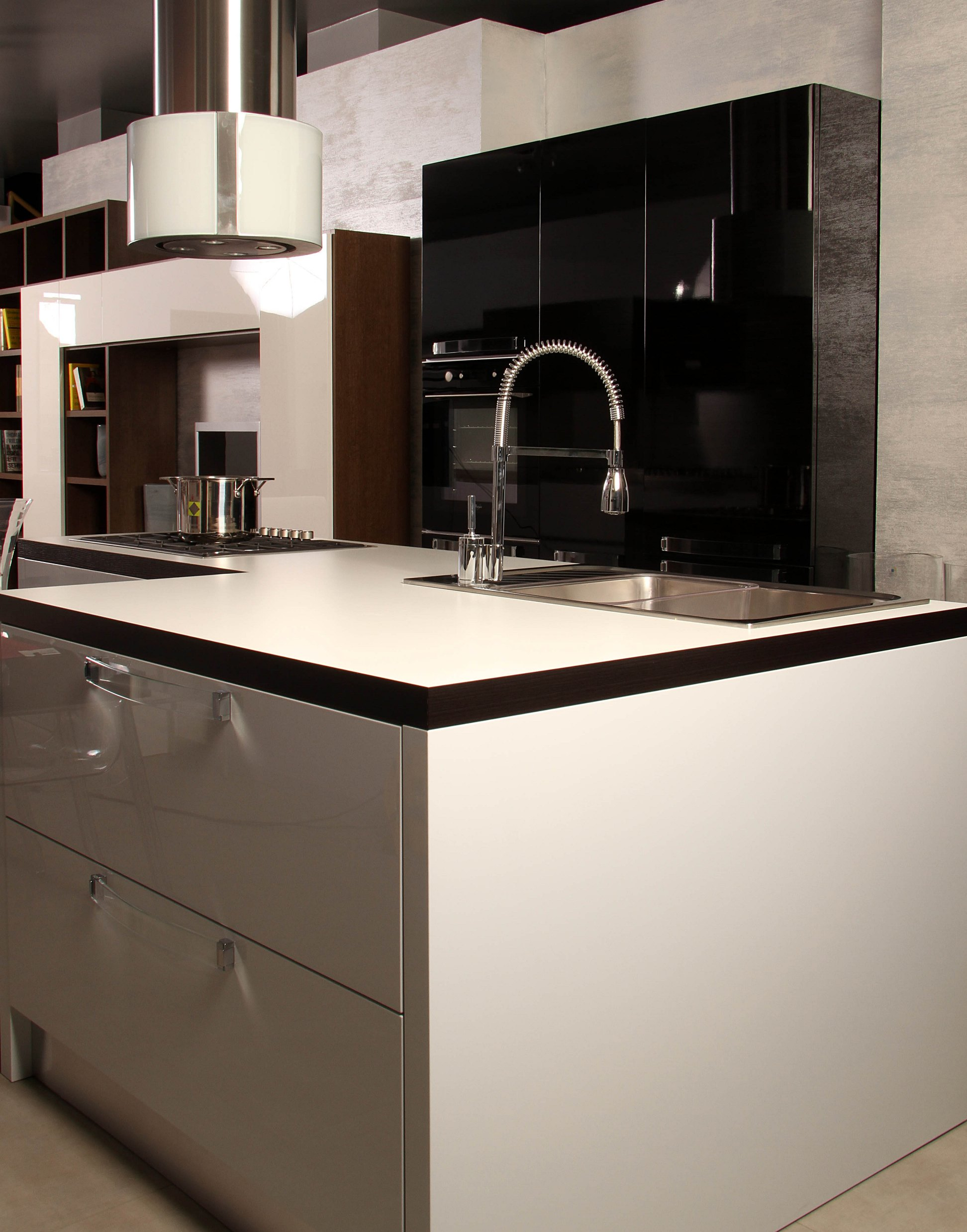 Cucine Scontate Veneta Cucine Carrera Pictures To Pin On Pinterest #A0792B 1944 2477 Gambe X Tavoli Ikea